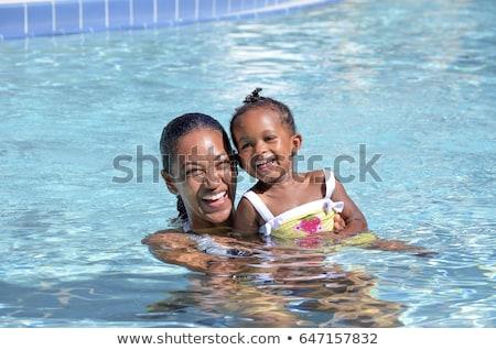 dois · bonitinho · meninas · jogar · piscina · férias · de · verão - foto stock © paha_l