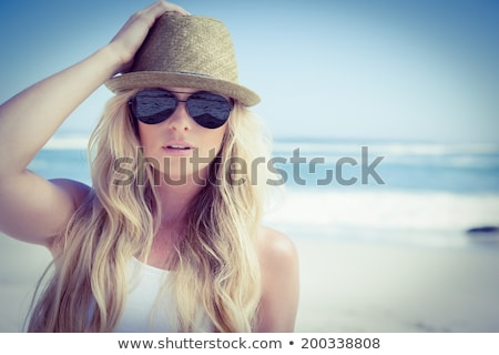 красивая · девушка · Солнцезащитные · очки · Blue · Sky · портрет · красивой · блондинка - Сток-фото © konradbak