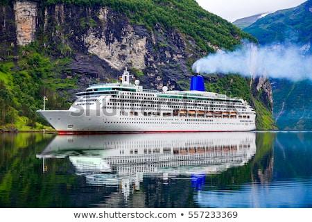 Croisière bateau de croisière ciel eau maison forêt Photo stock © cookelma