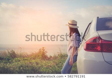 少女 · 見える · 車 · ブート · ブロンド - ストックフォト © is2