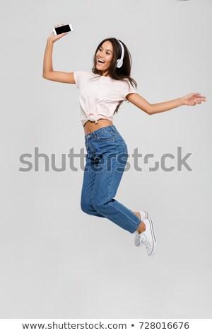 かなり · 満足した · 女性 · 音楽 · 女性 · 少女 - ストックフォト © deandrobot