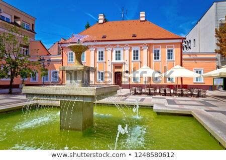 Triest vierkante groene fontein regio Stockfoto © xbrchx
