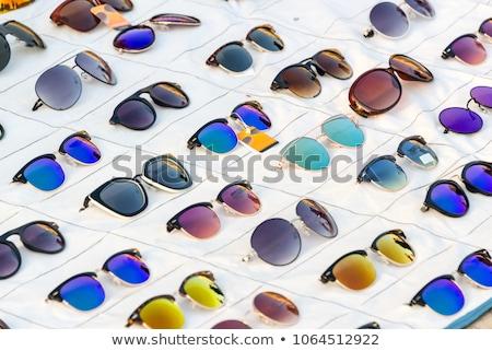 klasszikus · fehér · napszemüveg · ultraibolya · védelem · klasszikus - stock fotó © elnur