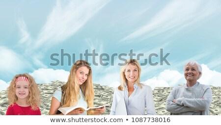 Vrouwen leeftijd generaties groeiend omhoog hemel Stockfoto © wavebreak_media