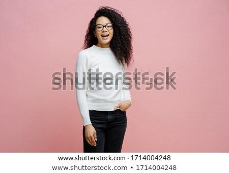 Shot mooie vrolijk vrouw werk Stockfoto © vkstudio