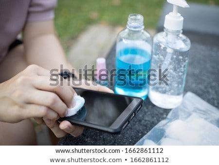 asian · zakenvrouw · mobiele · telefoon · wijzend · jonge - stockfoto © rastudio