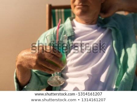 Senior uomo cocktail bere rilassante Foto d'archivio © wavebreak_media