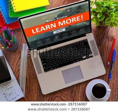 ноутбука экране узнать больше современных месте Сток-фото © tashatuvango