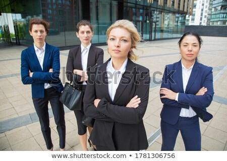 Lider iş ekibi ayakta kamera ofis binası genç Stok fotoğraf © pressmaster