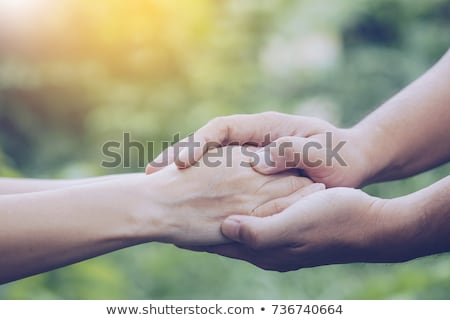 familie · ondersteuning · handen · senior · vrouw · hand - stockfoto © dacasdo