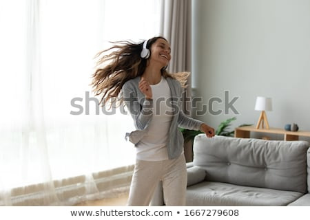 Tánc nő csinos barna hajú szórakozás fekete Stock fotó © zdenkam