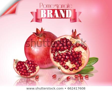 Piros gyümölcslé gyümölcs kettő fehér kerámia Stock fotó © veralub