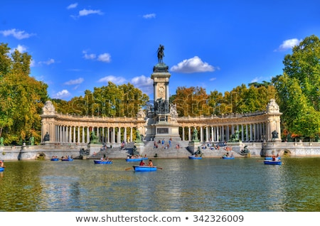 Madryt parku Hiszpania wody krajobraz ogród Zdjęcia stock © sailorr