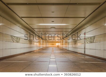 Városi lépcsőház földalatti átjáró kijárat sötét Stock fotó © stevanovicigor