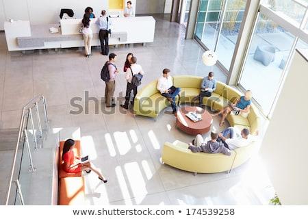 Affaires réunion immeuble de bureaux asian regarder Photo stock © Kzenon