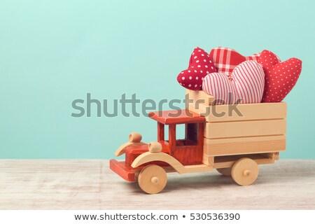 Vintage Rood speelgoed vrachtwagen valentijnsdag hart Stockfoto © StephanieFrey