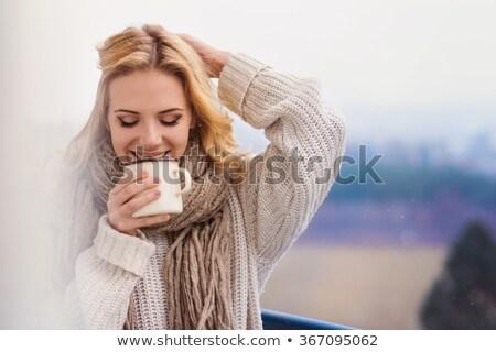 Stock fotó: Nő · kint · pléd · ital · égbolt · tél