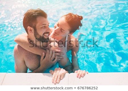 Foto stock: Feliz · casal · natação · juntos · piscina · água