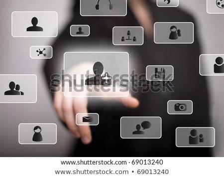 kéz · kisajtolás · közösségi · média · gomb · üzlet · férfi - stock fotó © hasloo