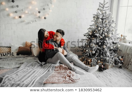 интимный · пару · поцелуй · гол · белый - Сток-фото © jayfish