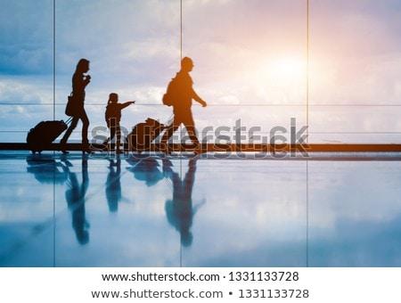 Beszállás repülőtér bőrönd illusztráció nő mosoly Stock fotó © adrenalina