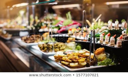 Saláta tányér vendéglátás szolgáltatás tavasz étel Stock fotó © galitskaya