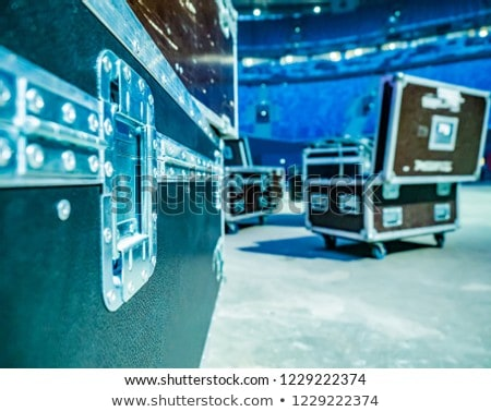 Uitrusting vlucht geval wielen foto geïsoleerd Stockfoto © sumners