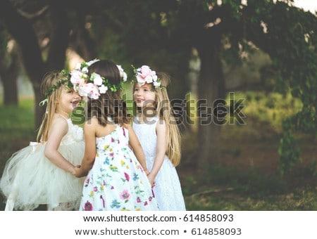 ストックフォト: 女の子 · 庭園 · 茶 · バラ · 花 · 赤ちゃん