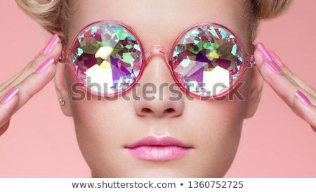 брюнетка · женщину · красоту · долго · красные · губы - Сток-фото © lubavnel