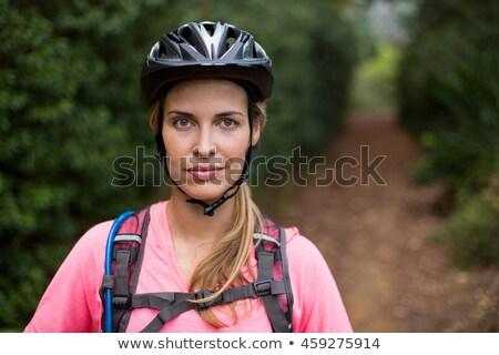 női · motoros · visel · bicikli · sisak · portré - stock fotó © wavebreak_media