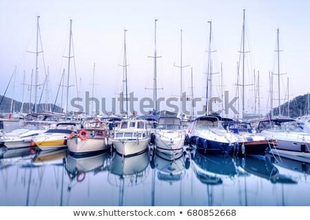 Zeilboten pier jacht club zee reizen Stockfoto © galitskaya