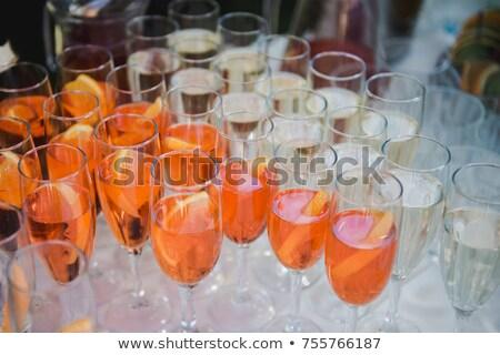 Lata koktajl lodu pomarańczowy plasterka kieliszek biały Zdjęcia stock © DenisMArt