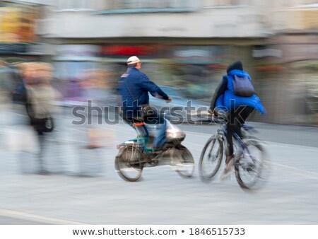 Ongeval persoon paramedicus werknemer helpen medische Stockfoto © Lopolo