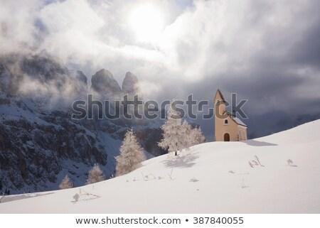 Branco capela colina pequeno inverno edifício Foto stock © samsem