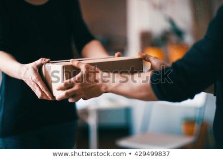 Zakenman levering mail geïsoleerd kantoor pak Stockfoto © fuzzbones0