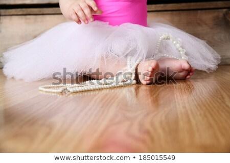 Ballerina ül fapadló fiatal balett osztály Stock fotó © deandrobot