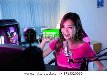Live chat sleutel moderne toetsenbord Blauw Stockfoto © tashatuvango