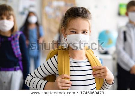 enfants · petite · fille · école · sac · sac · à · dos · sourire - photo stock © lopolo