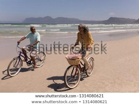 Stock fotó: Elöl · kilátás · boldog · idős · pár · lovaglás · bicikli