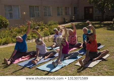 Magasról fotózva kilátás edző képzés motivált idős Stock fotó © wavebreak_media