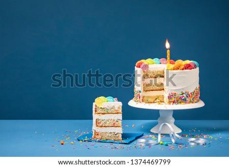 bolo · de · queijo · isolado · branco · comida · bolo · sorvete - foto stock © oleksandro