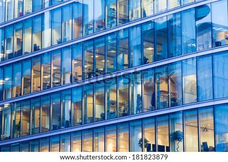 kék · tükör · üveg · homlokzat · felhőkarcoló · épületek - stock fotó © meinzahn