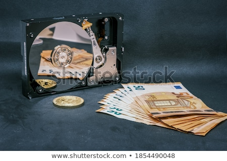 Bitcoin érme hdd internet háló pénzügy Stock fotó © olira
