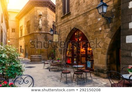 Barcelona · utca · hagyományos · építészet · helyszín · Spanyolország - stock fotó © vladacanon