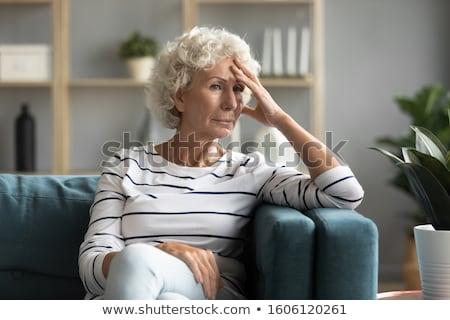 oude · vrouw · hoofdpijn · portret · geïsoleerd · witte - stockfoto © photography33