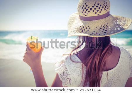 jonge · vrouw · strand · drinken · cocktail · vector · partij - stockfoto © pugovica88