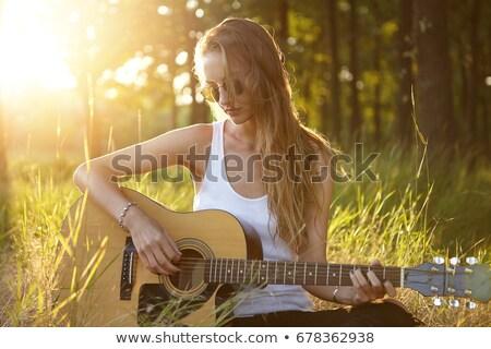 Yüz kadın gitar güzel genç bayan Stok fotoğraf © ssuaphoto