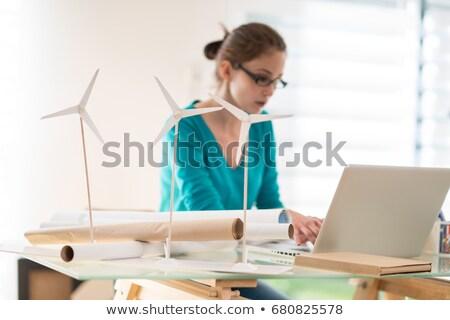 Tabletka biurko energii ze źródeł odnawialnych kawy pióro technologii Zdjęcia stock © Zerbor
