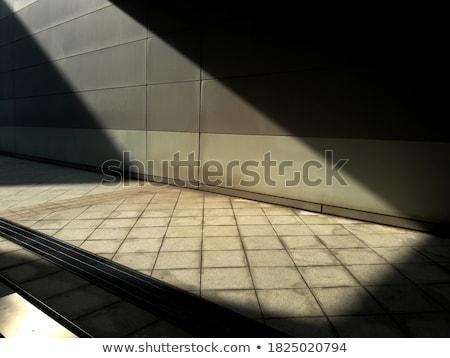 Verlaten magazijn natuurlijk licht gebouw muur verf Stockfoto © Juhku