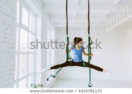 női · testmozgás · kezelés · kilátás · férfi · orvosi - stock fotó © deandrobot